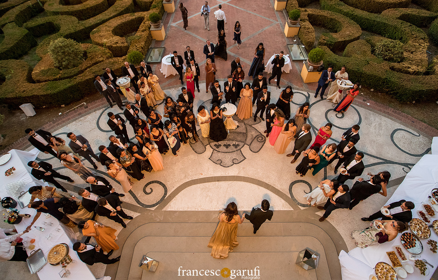 Cena di un matrimonio indiano in una villa in Toscana