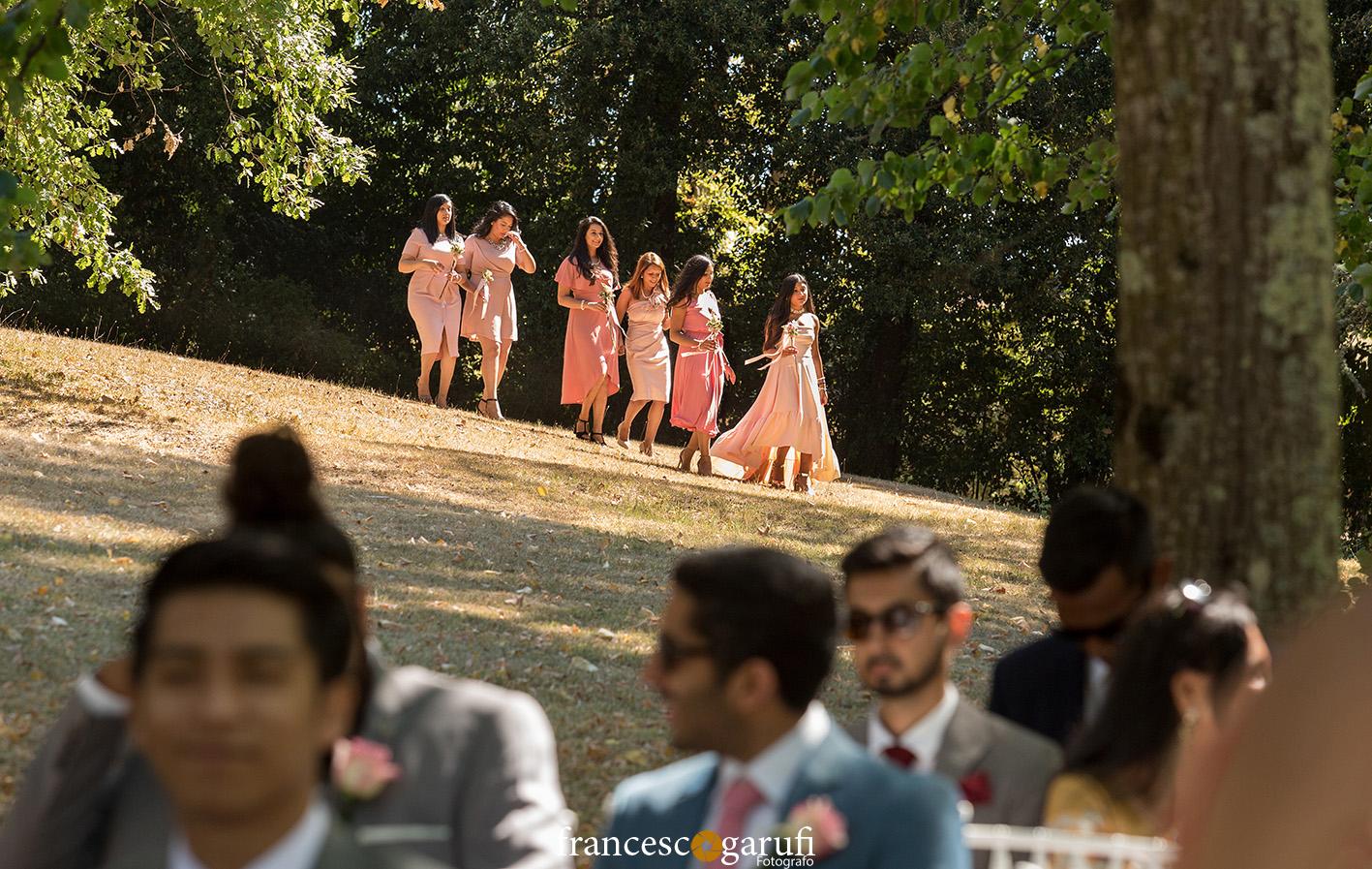 Donne indiane a un matrimonio indiano in Italia